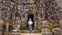 Melihat Lagi Foto Liburan Mantan Model Playboy di Bali