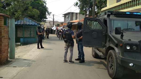 Terduga Teroris Tangerang yang Ditangkap Bukan Satu Keluarga