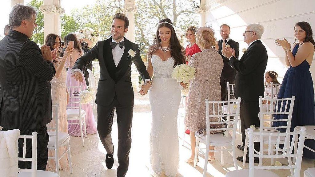 Setelah Tujuh Tahun Bersama, Fabregas Nikahi Kekasihnya