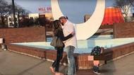 Viral, Video Anak Kecil Malah Pipis Saat Ibunya Dilamar untuk Nikah Lagi