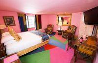 Tinggal Pilih, Hotel Ini Punya 110 Kamar dengan Tema Berbeda