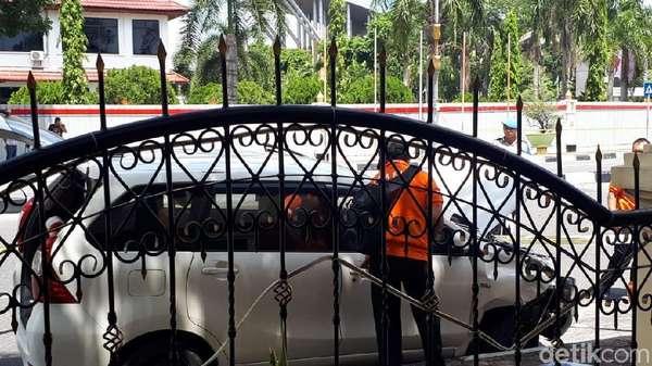 Penyerang Polda Riau Ternyata Sempat Datangi Mako Brimob Depok