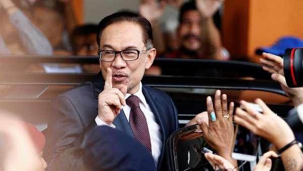 Usai Bebas, Anwar Ibrahim Akan Istirahat dan Kunjungi Teman