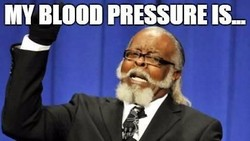 Beberapa warganet membuat meme lucu terkait hipertensi. Sambil tertawa sambil diingat-ingat juga ya kapan kita terakhir cek tekanan darah.
