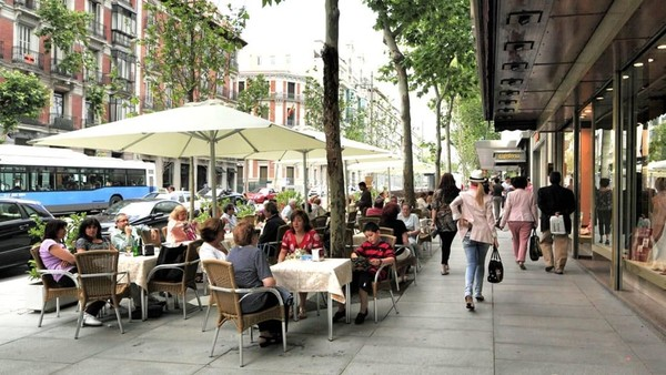 Madrid meraih peringkat ketiga dalam kategori harga terbaik untuk barang mewah dalam Globe Shopper Index. Cocok banget buat traveler yang ingin belanja barang branded (Madrid Visitors Convention Bureau)