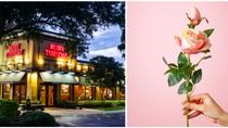 So Sweet! Restoran Ini Beri Kejutan Manis Pada Seorang Ibu yang Makan Sendirian