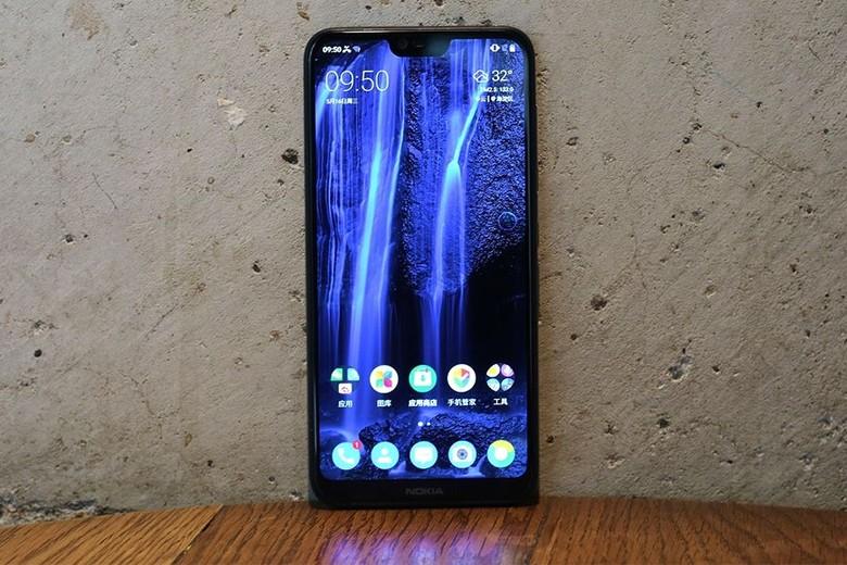 Inilah Nokia X6. Foto: Sina Mobile