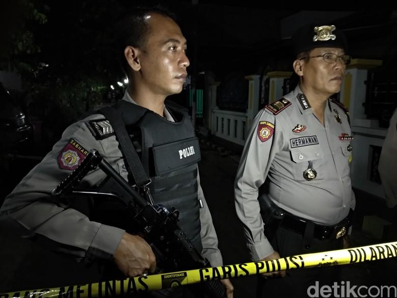 Densus 88 Gerebek Rumah di Probolinggo, Diduga Ada Jaringan Teroris