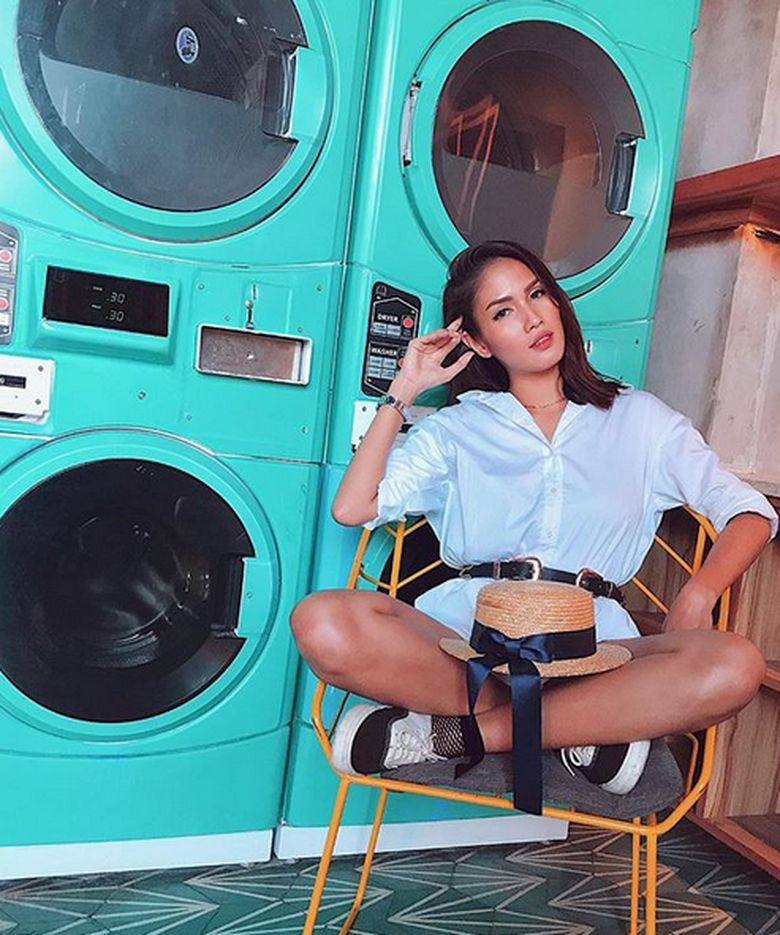 Selain model Aulia juga terjun kedalam film-film seperti Kawin Kontrak, dan Punk In Love, ia juga bermain sinetron. (Dok. Instagram/owliasarah)