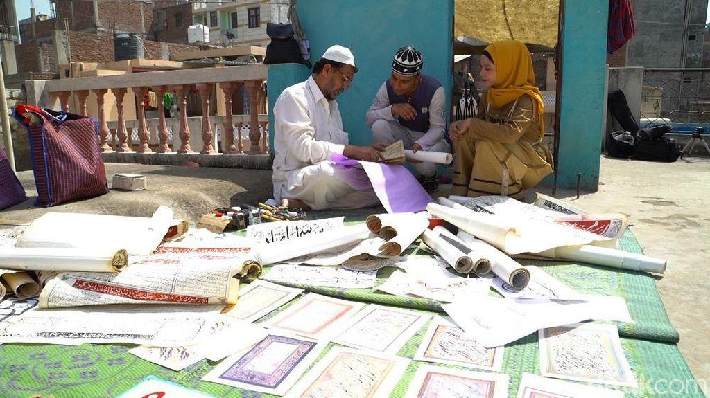 Zakir Ghalib, Seniman Tradisional Pengais Rezeki dari Kaligrafi