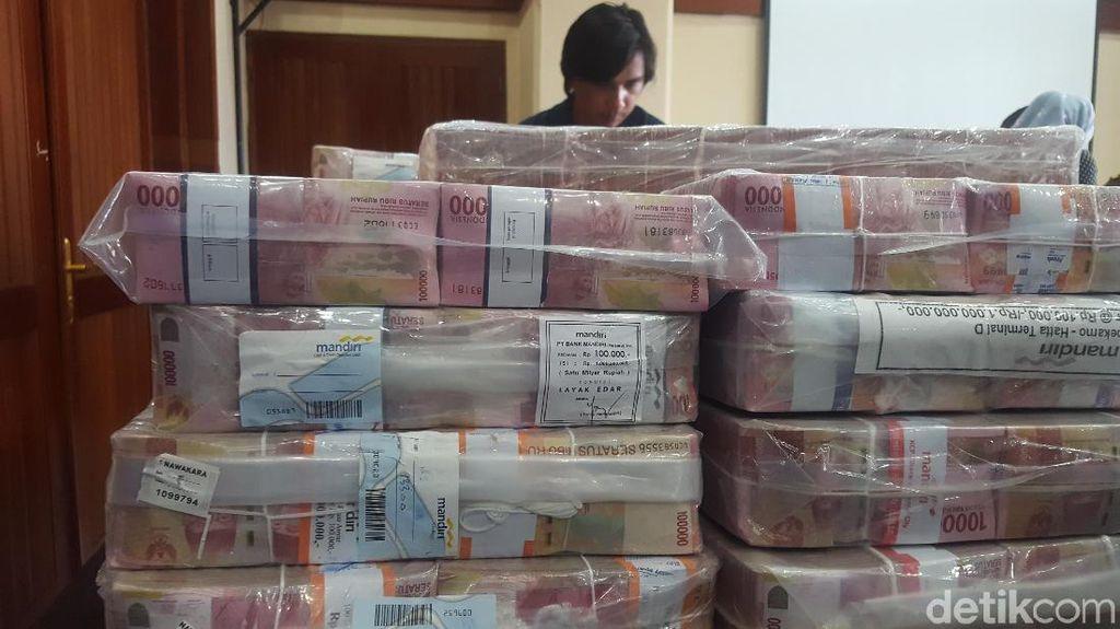 Di Lampung Masih Banyak Orang Beli Mobil Pakai Uang Sekarung!