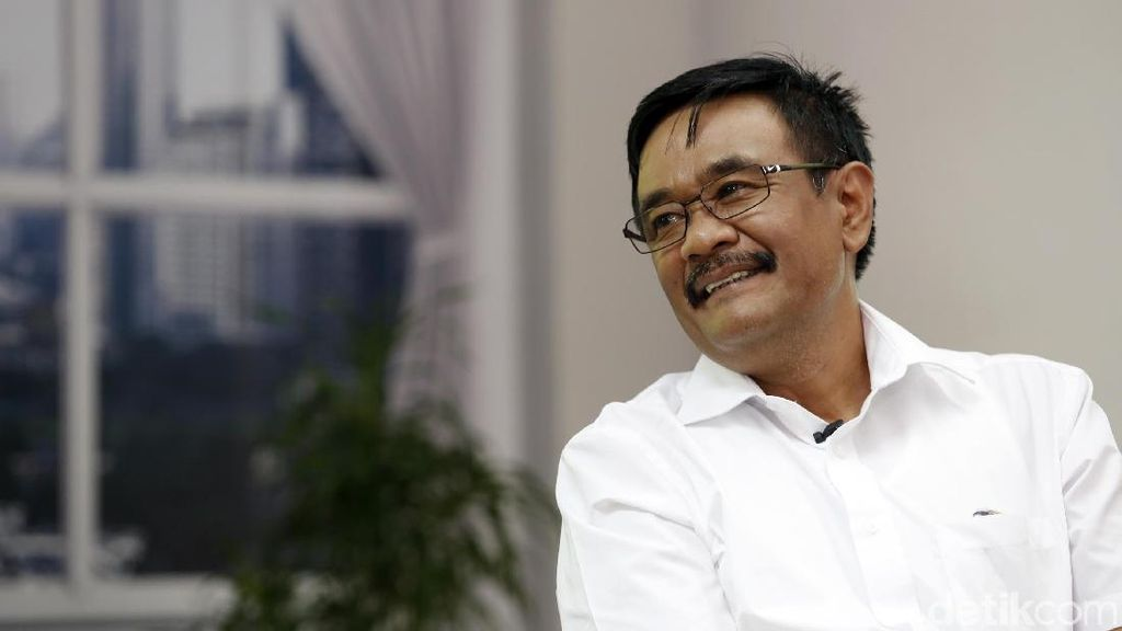 Djarot Ungkap Alasan Ahok Ingin Ketemu Istri Jenderal Hoegeng
