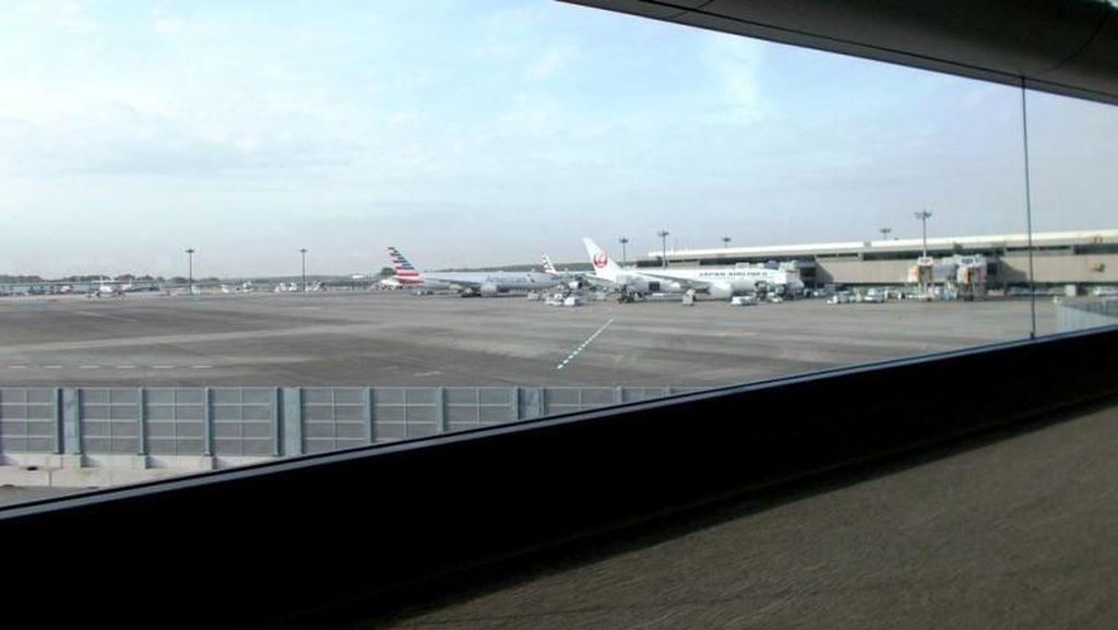 Melihat Bandara Tersibuk di Jepang