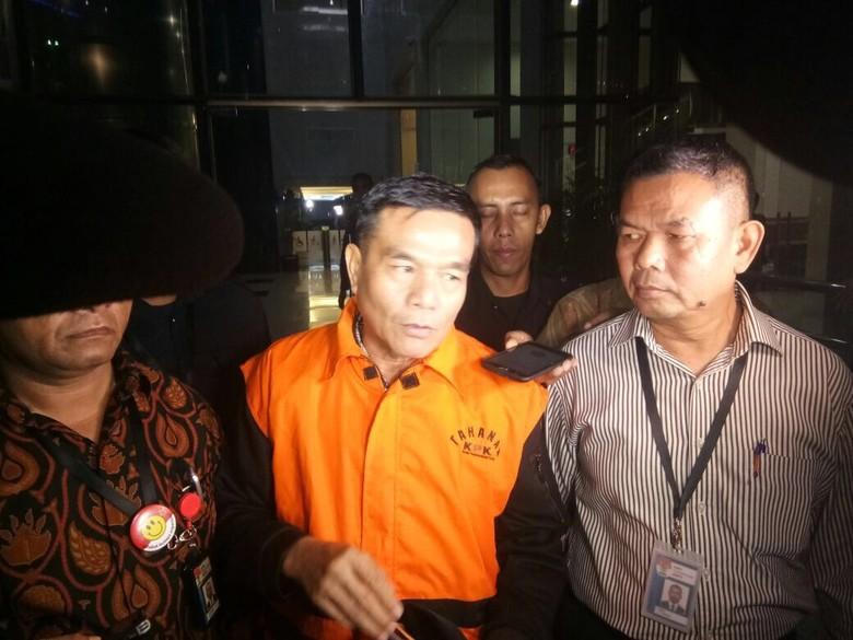 Ditahan KPK, Bupati Bengkulu Selatan: Ini Tragedi buat Saya