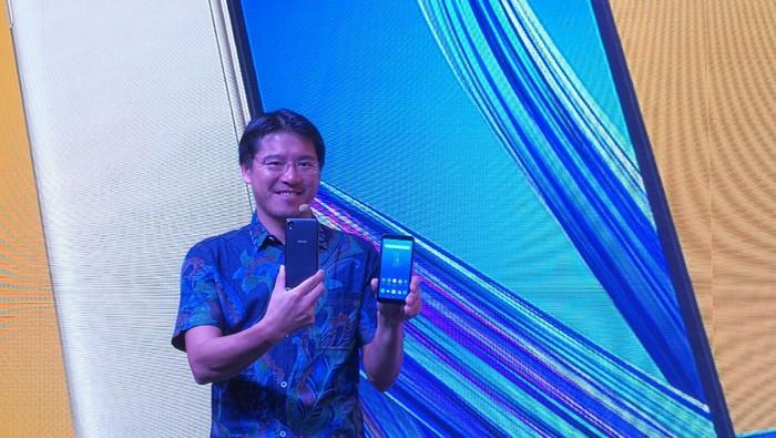 Zenfone Live (L1). Foto: Muhammad Alif Goenawan/detikinet