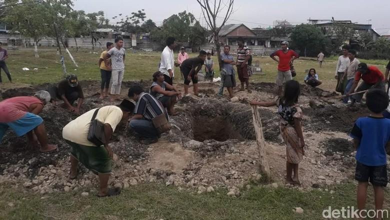 Warga Tolak 7 Bomber Surabaya Dikubur di TPU Putat Gede