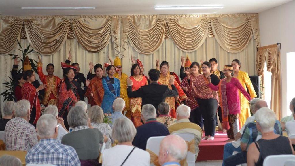 Pensiunan Kota Gladsaxe Denmark Tertarik Berkunjung ke Indonesia