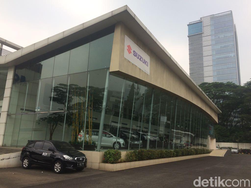 Infiniti setop jualan di Indonesia. Diler satu-satunya di Indonesia berganti wajah menjadi diler Suzuki.