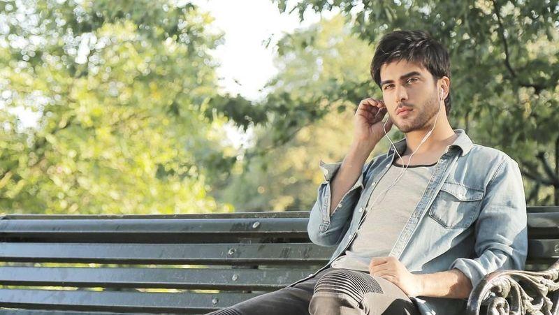 Perkenalkan, aktor tampan asal Pakistan ini bernama Imran Abbas. (imranabbas.official/ Instagram)