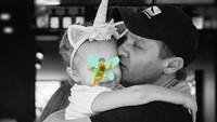 Di kehidupan nyata pun, pemeran Hawkeye itu juga tampak sangat mencintai putrinya yakni Ava Berlin Renner. Dok.Instagram/renner4real
