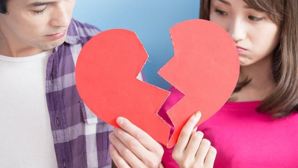 Tren Membayar Ongkos Putus Hubungan ke Mantan Kekasih di China