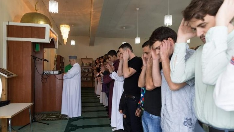 Ilustrasi umat Islam di Islandia (dok Muslim Association of Iceland)