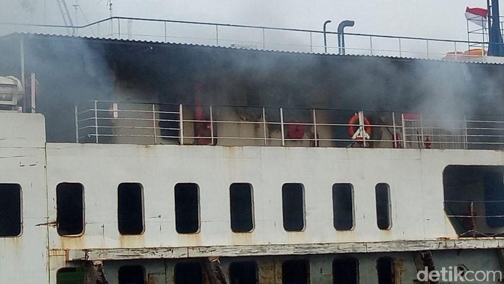 Api yang Membakar KMP Labitra Adinda Diduga dari Mesin