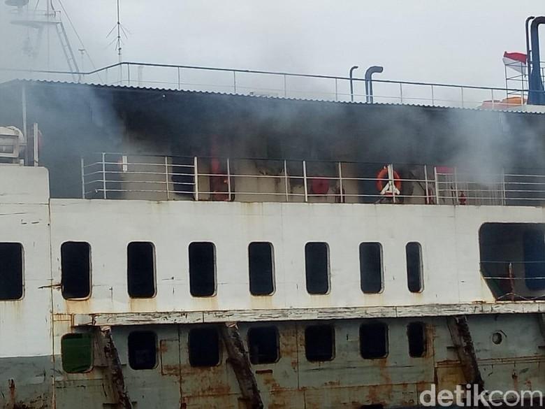 Kapal dari Bali Tujuan Banyuwangi Terbakar, Penumpang Syok