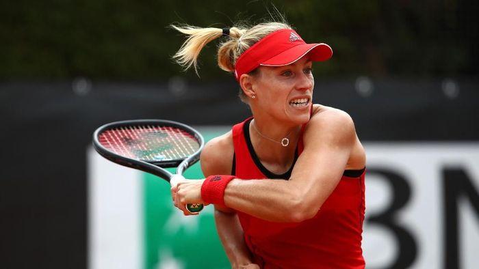 Angelique Kerber lolos ke perempatfinal Italia Terbuka (Foto: Julian Finney/Getty Images)
