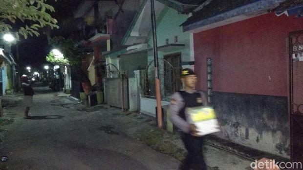 Penggeledahan di Probolinggo, Densus 88 Tangkap 3 Terduga Teroris