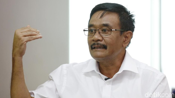 Cagub Sumut Djarot Syaiful Hidayat saat menjalani syuting Blak-blakan Dcandidate detikcom, Kamis (17/5).