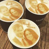 Ini Dia 'Megharryccino,' Cappuccino Berhias Wajah Pangeran Harry dan Meghan
