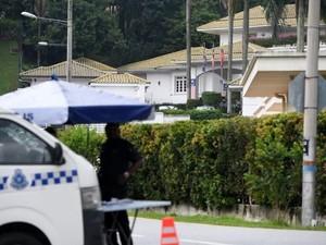 Jam Tangan Mewah dan Uang Tunai Rp 2 M Diangkut dari Rumah Najib
