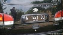 Kecoh Polisi, Terduga Teroris Probolinggo Pakai Satu Nopol untuk 2 Mobil
