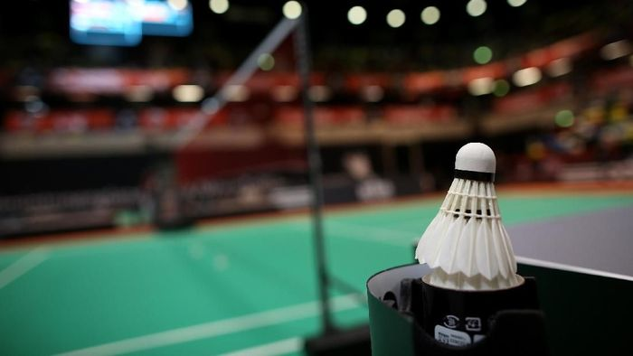 BIRMINGHAM, ENGLAND - MARCH 10: A shuttlecock is seen on the court in between games during Day 6 of the Yonex All England Badminton Open at NIA Arena on March 10, 2013 in Birmingham, England. (Photo by Ben Hoskins/Getty Images)