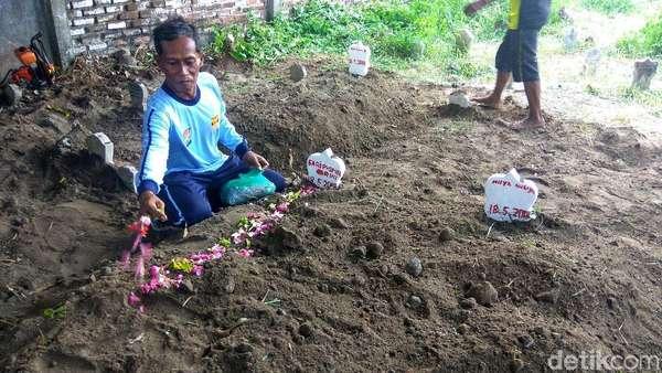 Ditolak Warga, Jenazah-jenazah Bomber Dimakamkan Diam-diam