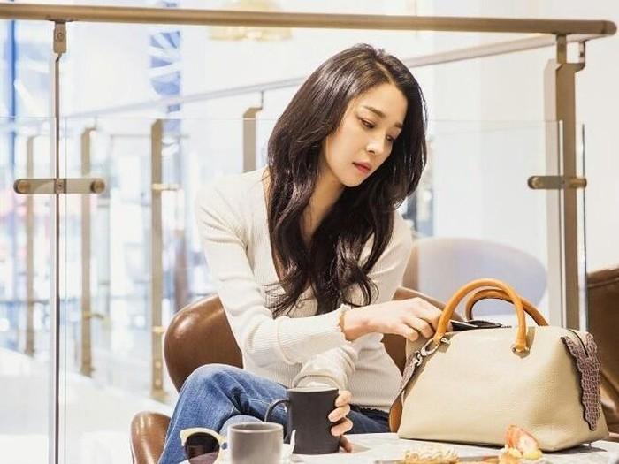Han Go Eun bagi tips simpel rahasia cantiknya yang awet muda. Foto: Instagram