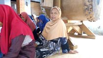 Ingin Fokus Ibadah, Nenek Ini Ikut Mondok Kilat Bersama Cucu
