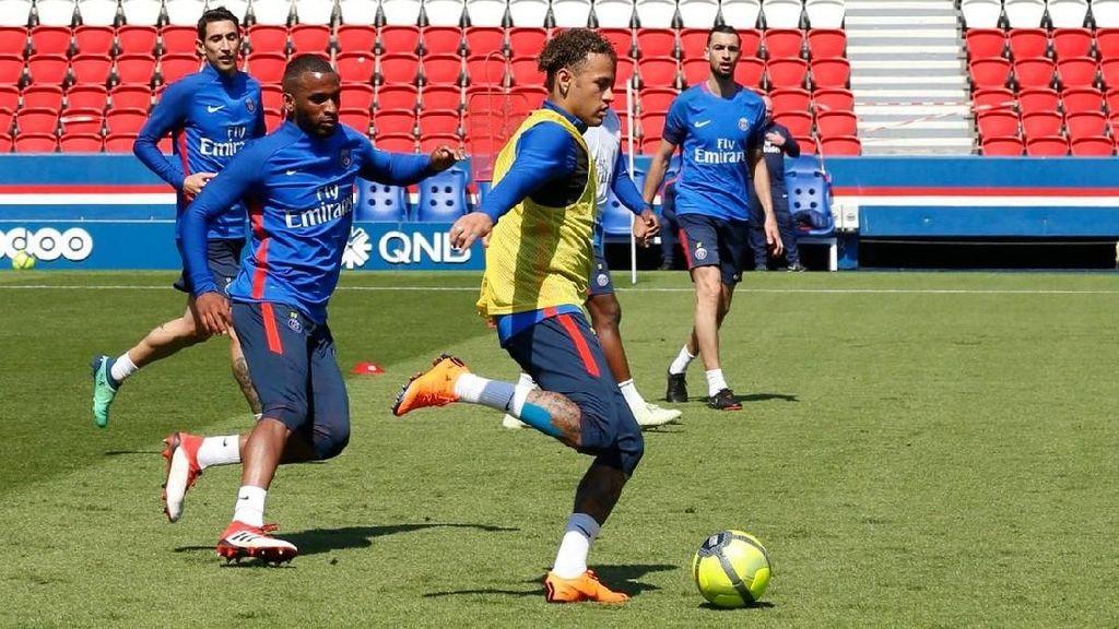 Kembali dari Cedera, Neymar Berlatih Lagi bersama PSG