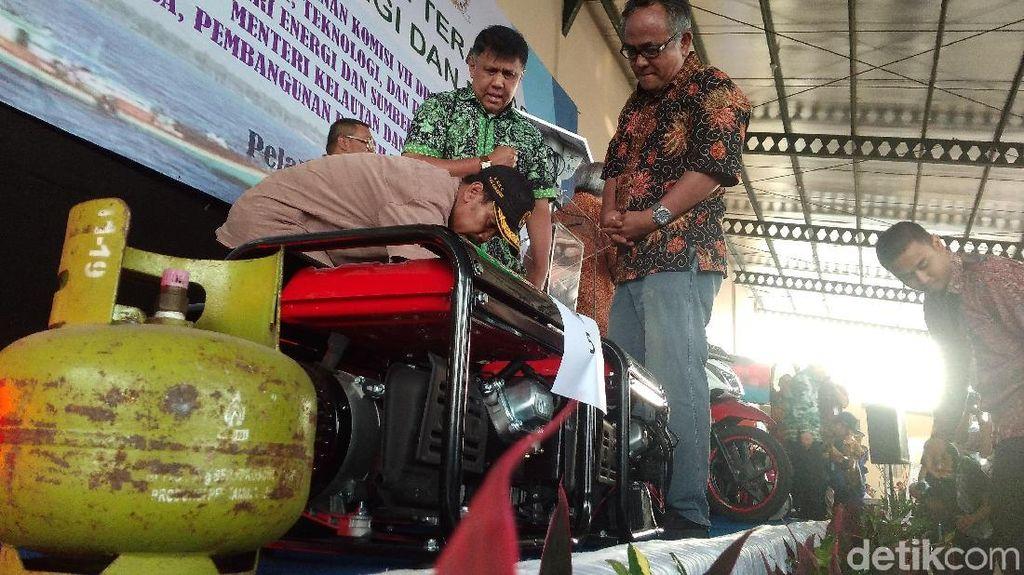 Menristekdikti Pamer Konverter BBM untuk Nelayan
