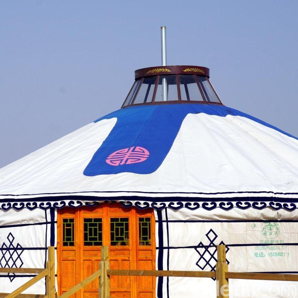 Foto: Rumah Suku Mongol yang Unik