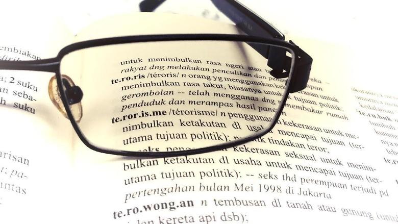 Mengembalikan Radikalisme ke Rumah Bahasa