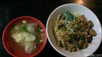 Mie Ayam Bangka Chandra: Mulur Gurih Mie Ayam Khas Bangka yang Mantap
