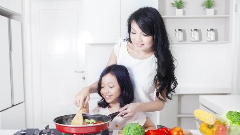 Menu Sahur Tepat Agar Anak Tak Gampang Lemas Saat Puasa/ Foto: Shutterstock