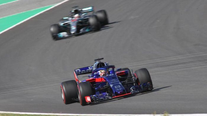 Aksi Sean Gelael di tes F1 Barcelona (Scuderia Toro Rosso)