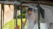 Foto Meghan Markle Menuju Kastil Windsor Menumpang Rolls Royce