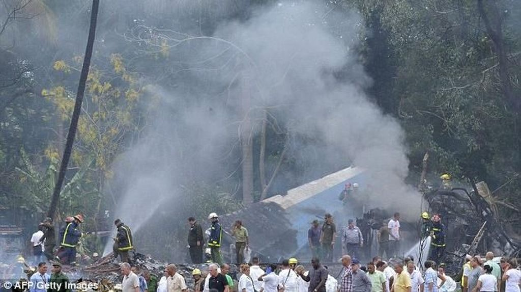 Tiga Orang Berhasil Selamat dalam Kecelakaan Pesawat di Havana