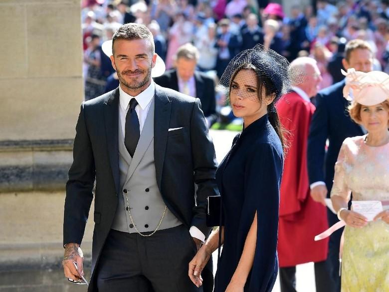 Saat Victoria Beckham dan Anak-anaknya Ketakutan Nonton Tari Bali