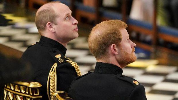 Pangeran Harry Nikahi Meghan Markle Berseragam Militer