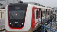 Saat Kereta LRT Jakarta Diuji Sebelum Beroperasi